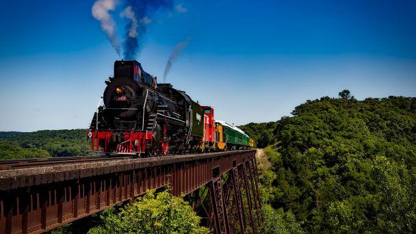 Príchody a odchody vlaku zo Spišského Podhradia